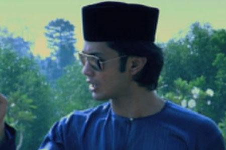 Farid Kamil sebagai Shaqir bin Agus Raizal